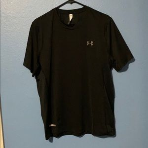 Size L Under Armour fitted shirt NWOT